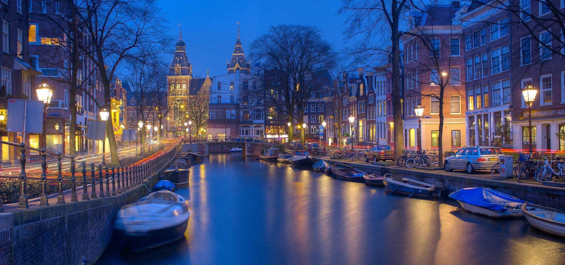 travelsavvy-amsterdam